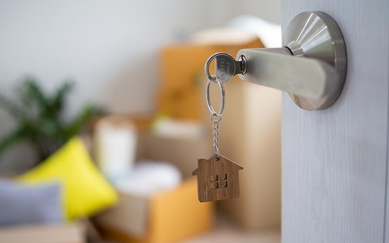 כיצד מתבצע פינוי דייר מדירת עמידר?